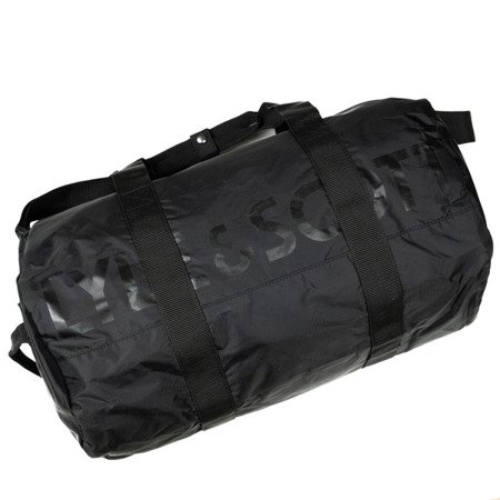 LYLE&SCOTT LIGHTWEIGHT BARREL BAG TRUE BLACK