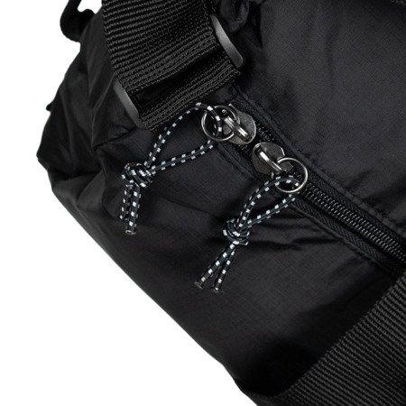 Lyle & Scott Lightweight Barrel Bag